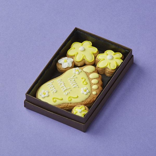 Cookie Card: Personalised Baby Foot