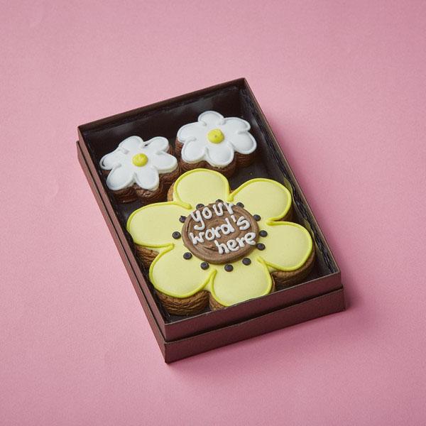 Cookie Card: Personalised Flowers