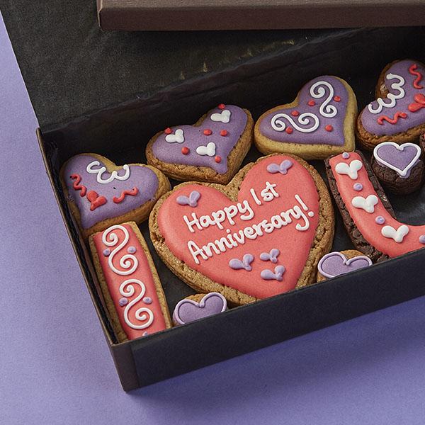 Small 'I ♥ U' Cookie Gift Box