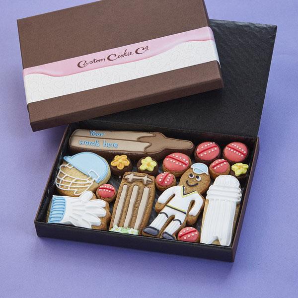 Medium Cricket Cookie Gift Box