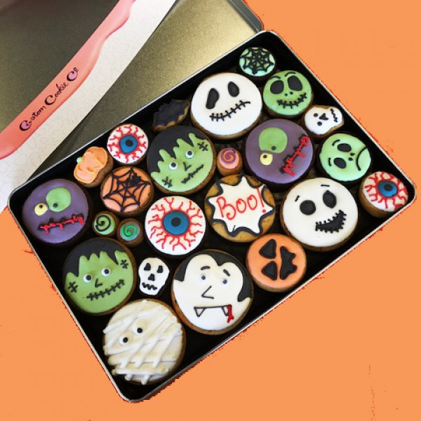 Large Halloween Faces Share Tin (Not Personalised)