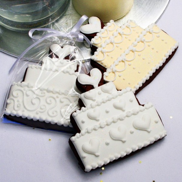 Large Wedding Cake Cookie Favour