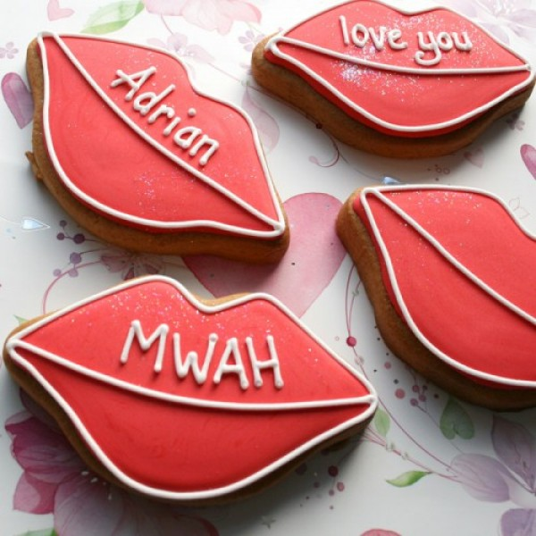 Lovely Lips Cookies