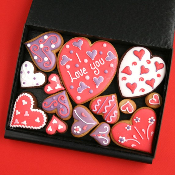 Treat Your Partner This Valentine's Day With These Custom Cookies